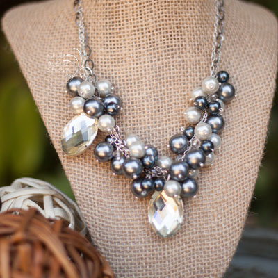 Gray Pearl Glamour Necklace